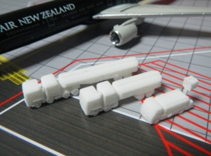 Airport GSE 1:400 Set 3 : Fuel & Lavatory truck 3d printed