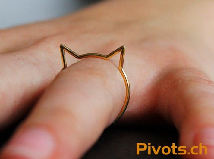 "Cat Ear Ring ""Büsi"" 3d printed The model wearing ""Büsi"""