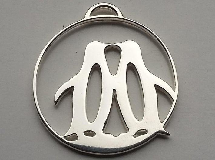 Penguins Kissing Necklace 3d printed