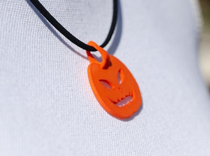 jack-o'-lantern pendant 3d printed jack-o'-lantern pendant side
