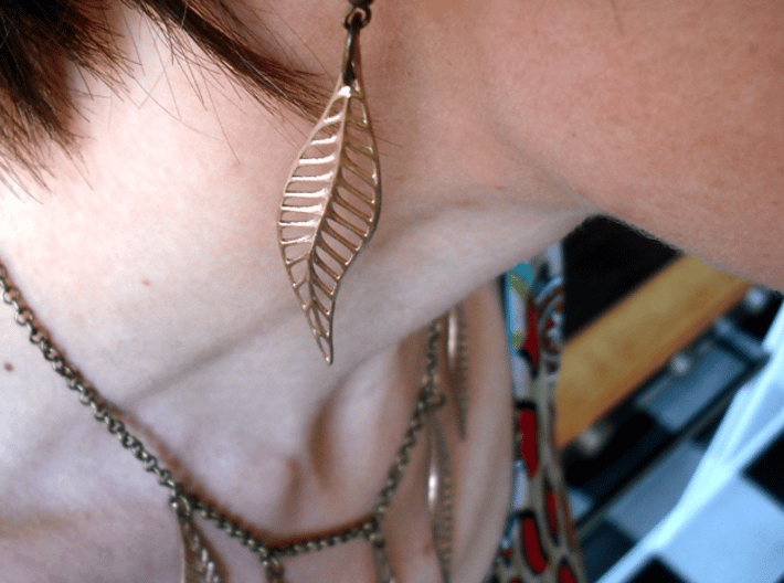 Seven Bronze Leaves 3d printed plus matching earring