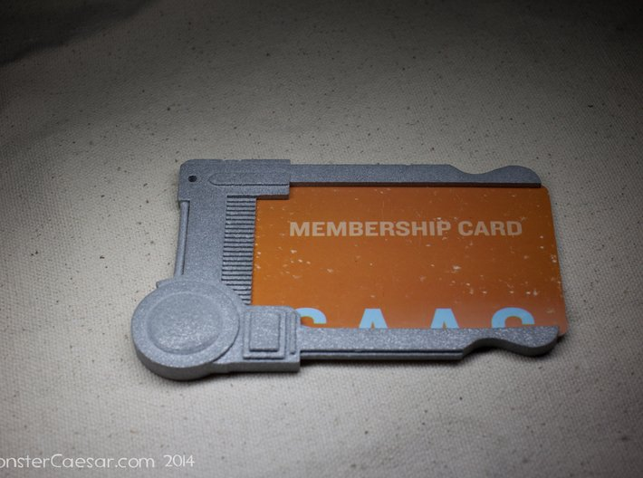 Multipass Universal Card Holder 3d printed Holding a standard sized card.