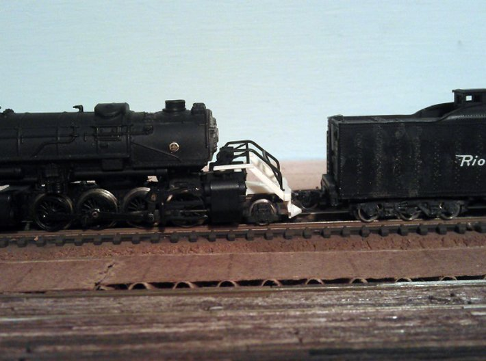 Rowa Y6B 2-8-8-2 Pilot With N Scale MT Coupling 3d printed Pilot with N Scale MT Coupling