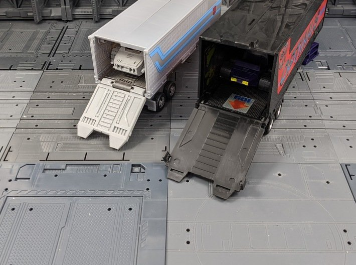 TF Earthrise Prime Trailer G1 Style Door 3d printed