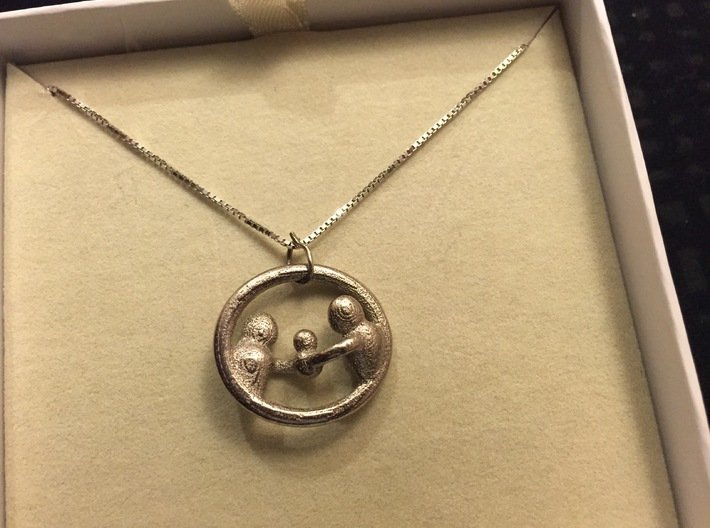 """""""Our Family"""" Pendant 3d printed"""