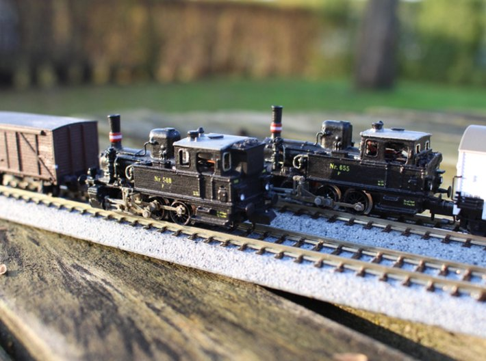 DSB F class N scale (funnel shaped extended tender 3d printed There are more variations, this model is the one in front.