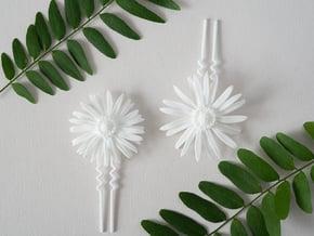 Daisy Bobby- Version 1 in White Natural Versatile Plastic
