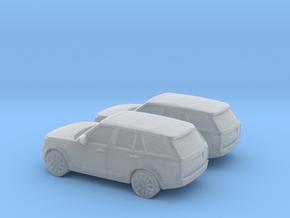 1/200 2X 2013 Range Rover Vogue in Smooth Fine Detail Plastic