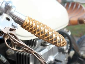 Trellis Lefty Grip in Polished Bronzed Silver Steel