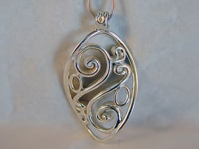 Swirl Pendant in Polished Silver