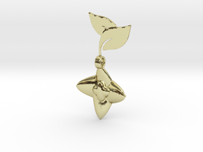 Blooming Berry Pendant in 18k Gold Plated Brass
