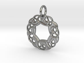 Celtic Pattern Pendant in Natural Silver