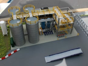 N Scale Chemical Storage Installation Pt 1/2 in Smooth Fine Detail Plastic