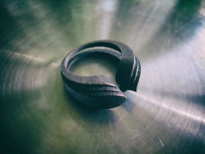 Deco.F ring in Polished Bronze Steel