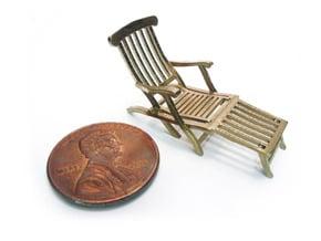 1:48 Titanic Deck Chair in Natural Brass