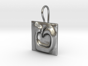09 Tet Earring in Natural Silver