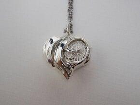 Inner workings Mech-Organic Heart in Polished Silver