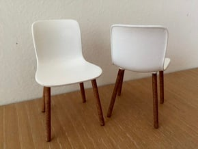 1:12 Chair Hardshell in White Processed Versatile Plastic