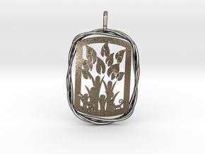 Tableau Famille Pendant in Polished Silver