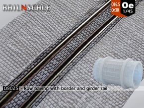 Row paving w/ border and girder rail (Oe 1:45) in Smooth Fine Detail Plastic