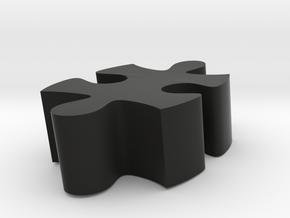 D2 - Makerchair in Black Natural Versatile Plastic