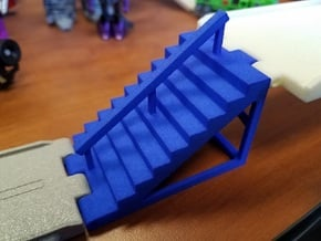 Titans Return Staircase with Center Railing in Blue Processed Versatile Plastic