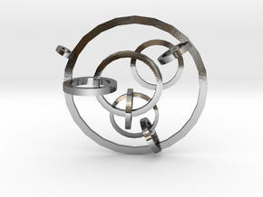 Interlocking Circles Pendant in Polished Silver (Interlocking Parts)