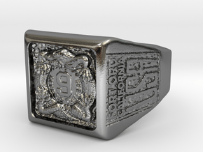 Square Manchus Ring Size 12 in Polished Silver: Large