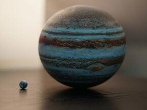 Jupiter & Earth to scale in Full Color Sandstone