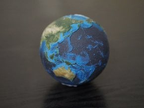 Earth with relief detail in Full Color Sandstone