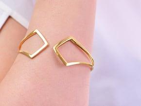 HIDDEN HEART Bracelet. Pure Elegance  in 18k Gold Plated Brass: Extra Small