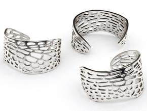 Dragonfly Wing Bracelet - Medium in White Natural Versatile Plastic