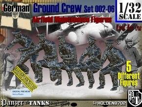 1/32 German Ground Crew SET002-06 in White Natural Versatile Plastic