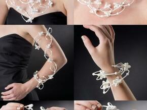 Trillium (6 pieces) in White Natural Versatile Plastic