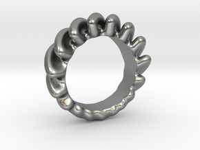 Creeping Sound Ring in Natural Silver