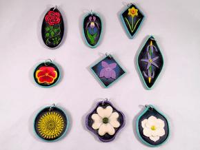 Flower Pendants Batch 01 in Glossy Full Color Sandstone