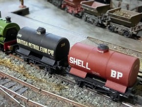 2x N Gauge 20T Wing Plate Tanks in Smoothest Fine Detail Plastic