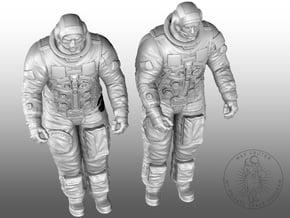 APOLLO LEM Astronauts in White Natural Versatile Plastic: 1:32