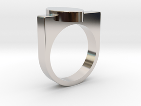 Mandorla Ring in Rhodium Plated Brass