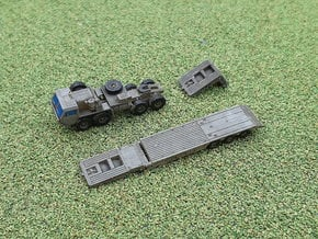 HEMTT M983 with M870A1 Semitrailer 1/285 in Smooth Fine Detail Plastic