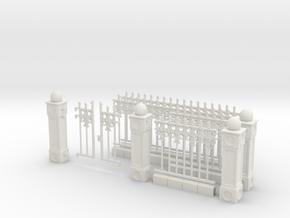 Iron Fence Kit #1 in White Natural Versatile Plastic