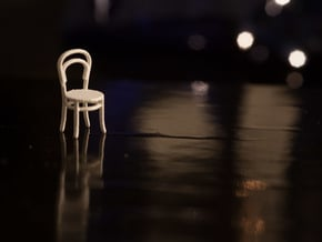 1:48 Bentwood Chair in White Natural Versatile Plastic