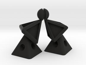 Pyramid Kiss in Black Natural Versatile Plastic
