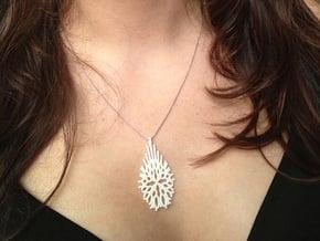 Victoria Necklace S in White Natural Versatile Plastic