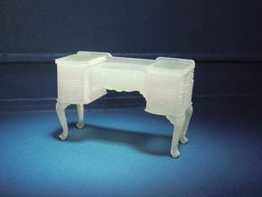 1:48 Queen Anne Vanity in Smooth Fine Detail Plastic
