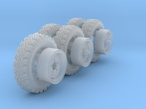 1/35th Australian LRPV Land Rover wheels. in Smooth Fine Detail Plastic