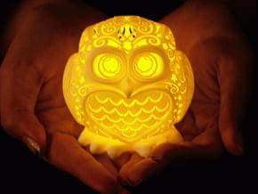 Stelliform Owl in White Processed Versatile Plastic