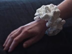 Mandelbulb Bracelet #01 in White Natural Versatile Plastic