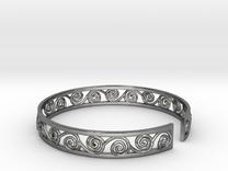 Bracelet traditional pattern in Polished Silver