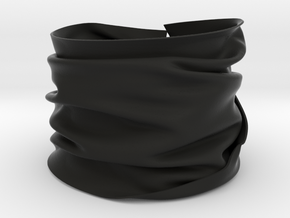 Drape Bracelet in Black Natural Versatile Plastic